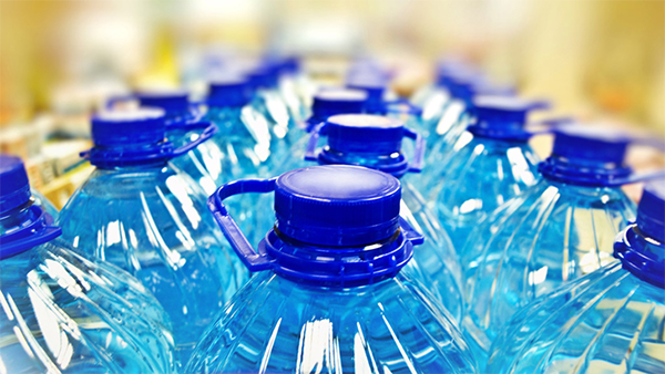 Botellas de Agua de Plastico